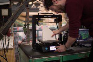 Anycubic i3 Mega S 3D-printer printing 2m windturbine